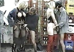 Piss Time-honoured German Clips..
