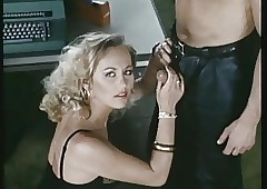 Intim Kontakt Privat (1985)..