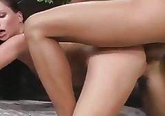 Dreamboat Jessica Fiorentino..